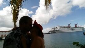 jill cancun kiss